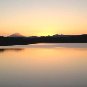 富士山を遠くにのぞむ